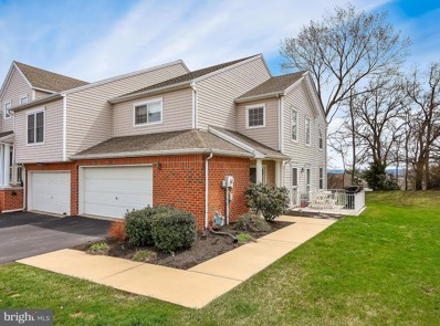 2301 Slater Hill Lane E, York, PA 17406 - MLS#: 1000341656