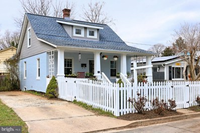 300 Edgewood Street S, Arlington, VA 22204 - MLS#: 1000363506