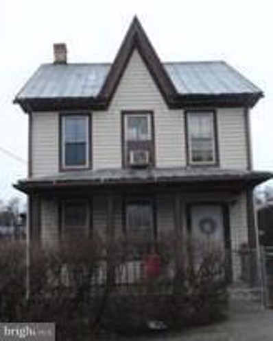 301 Liberty Street, Martinsburg, WV 25401 - MLS#: 1000370034