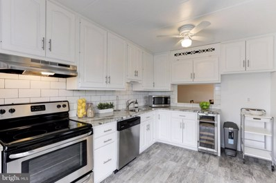 128 Roberts Lane UNIT 201, Alexandria, VA 22314 - MLS#: 1000448152