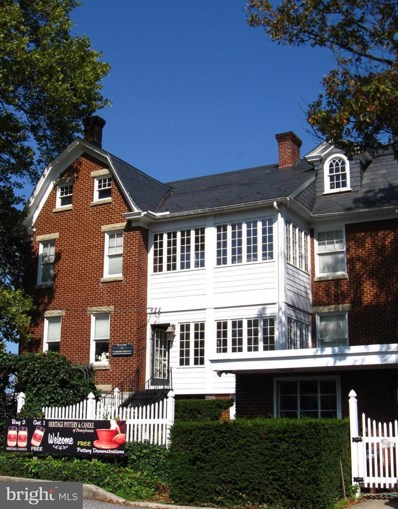 1744 Lincoln Way E, Chambersburg, PA 17202 - MLS#: 1000985627