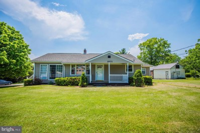 1971 Strasburg Road, Front Royal, VA 22630 - #: 1001532670
