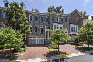 2135 Royal Lodge Drive, Falls Church, VA 22043 - #: 1001889676