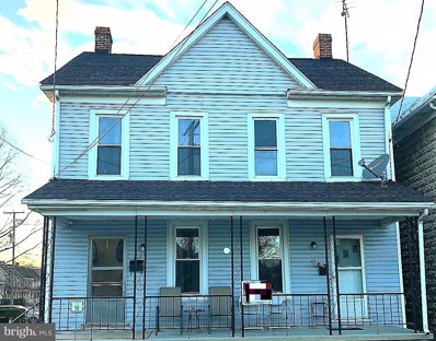 43 W Middle Street, Hanover, PA 17331 - #: 1001890824