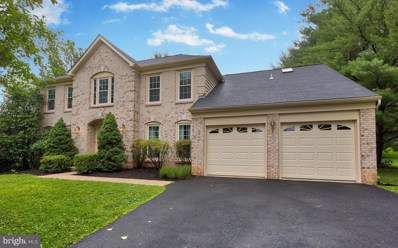 9725 Days Farm Drive, Vienna, VA 22182 - #: 1001927018