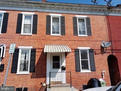 126 E Chestnut Street, Hanover, PA 17331 - MLS#: 1001938402