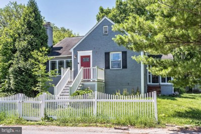 705 Woodsdale Road, Baltimore, MD 21228 - #: 1001955768