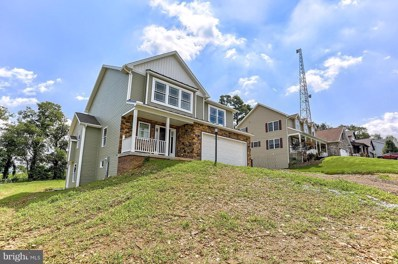 104 Feather Drive, Shippensburg, PA 17257 - #: 1002028698