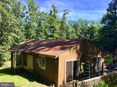 369 Featherbed Lane, Hedgesville, WV 25427 - #: 1002029674