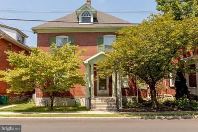 117 6TH Street, Chambersburg, PA 17201 - #: 1002069816