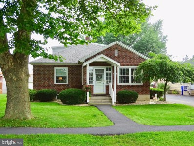 813 William Penn Boulevard, Womelsdorf, PA 19567 - #: 1002116328