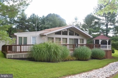 213 The Woods Road, Hedgesville, WV 25427 - #: 1002225260
