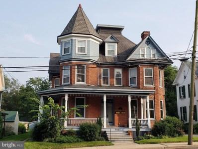 306 King Street W, Shippensburg, PA 17257 - #: 1002254330