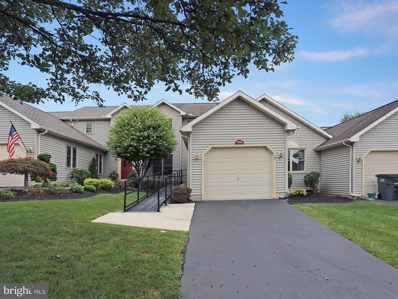 1402 Red Maple Court, New Cumberland, PA 17070 - #: 1002273272