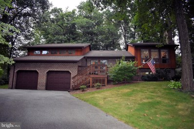 610 Forest Road, Chambersburg, PA 17202 - #: 1002289716