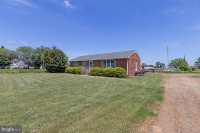 615 Harveys Neck Road, Heathsville, VA 22473 - #: 1002299632