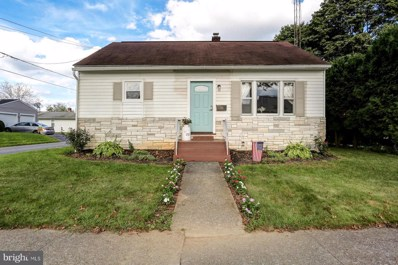155 N Hazel Street, Manheim, PA 17545 - #: 1002336212