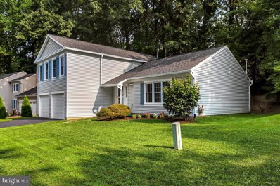 5907 Oak Leather Drive, Burke, VA 22015 - #: 1002344984