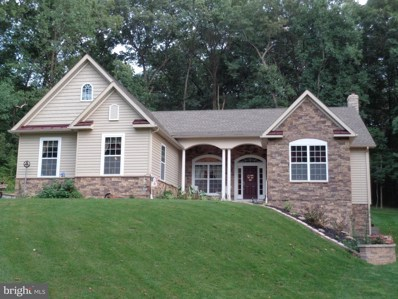 3271 Camp Woods Road, Glenville, PA 17329 - #: 1002766124