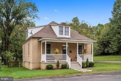 176 Sycamore Street, Warrenton, VA 20186 - #: 1003657096