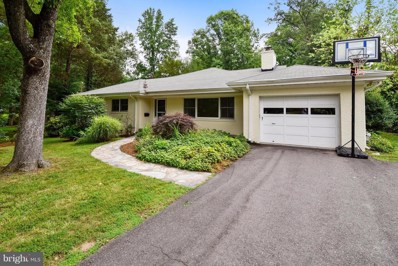 3023 Cedarwood Lane, Falls Church, VA 22042 - MLS#: 1004160599