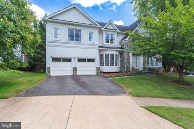6295 Columbus Hall Court, Mclean, VA 22101 - #: 1004231744