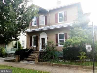 39 Royal Avenue, Front Royal, VA 22630 - #: 1004303351