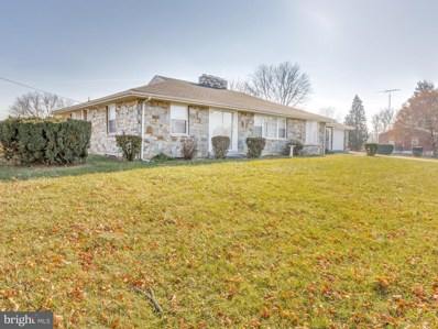 1000 Williamsport Pike, Martinsburg, WV 25404 - #: 1004350527