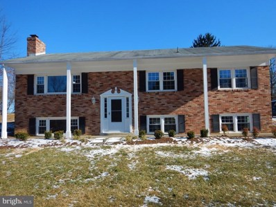 22 Longstreet Avenue, Round Hill, VA 20141 - MLS#: 1004391317