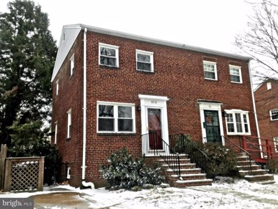 313 Oak Street E, Alexandria, VA 22301 - MLS#: 1004410569