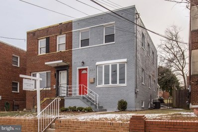 807 Jefferson Street NE, Washington, DC 20011 - MLS#: 1004443869
