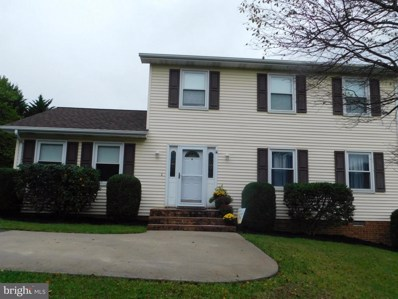 15 Colonial Drive, Front Royal, VA 22630 - #: 1004665204
