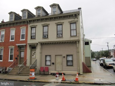 659 Walnut Street, Columbia, PA 17512 - MLS#: 1004971936