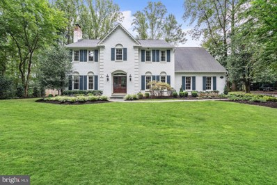 7901 Old Cedar Court, Mclean, VA 22102 - #: 1006196428