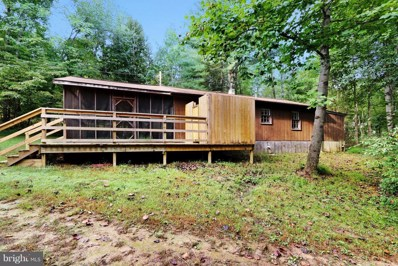 495 Meadow Wood Circle, Great Cacapon, WV 25422 - #: 1006212224