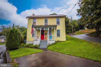 202 Independence Street, Berkeley Springs, WV 25411 - #: 1007528808
