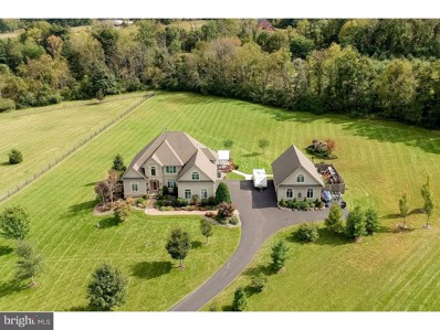 1572 Courtney Court, Hellertown, PA 18055 - MLS#: 1008349162