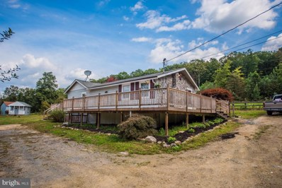 283 Brooklyns Way, Great Cacapon, WV 25422 - #: 1008356652