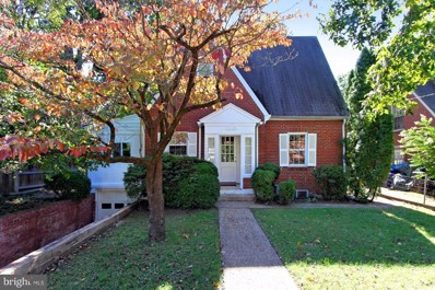 3712 Pershing Drive N, Arlington, VA 22203 - MLS#: 1009975660