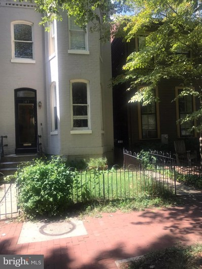 207 9TH Street SE, Washington, DC 20003 - MLS#: DCDC440840