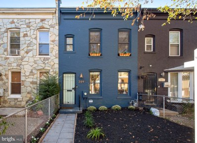 209 17TH Street SE, Washington, DC 20003 - MLS#: DCDC446708