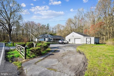 5874 Deale Beach Road, Deale, MD 20751 - #: MDAA464306