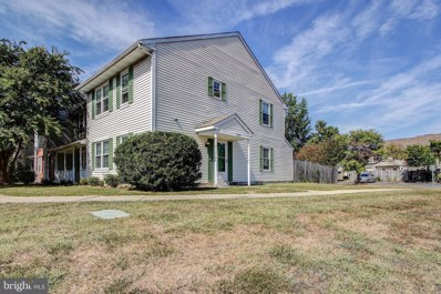6302 Whistlers Place, Waldorf, MD 20603 - #: MDCH207018