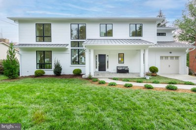 3135 Brooklawn Terrace, Chevy Chase, MD 20815 - #: MDMC2016826