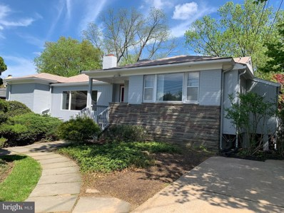 3208 Woodhollow Drive, Chevy Chase, MD 20815 - #: MDMC620836