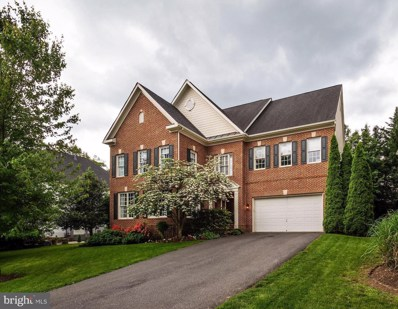 5402 Spruce Tree Avenue, Bethesda, MD 20814 - #: MDMC658646