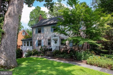 7211 Rollingwood Drive, Chevy Chase, MD 20815 - #: MDMC659978