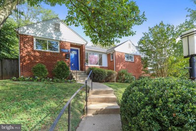 2916 Terrace Drive, Chevy Chase, MD 20815 - #: MDMC680702