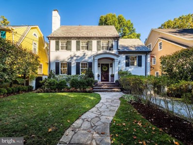 3703 Thornapple Street, Chevy Chase, MD 20815 - #: MDMC696652
