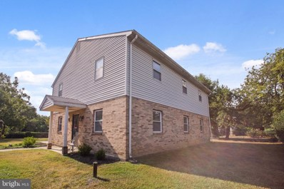 8321 Oxon Hill Road, Fort Washington, MD 20744 - #: MDPG2005804